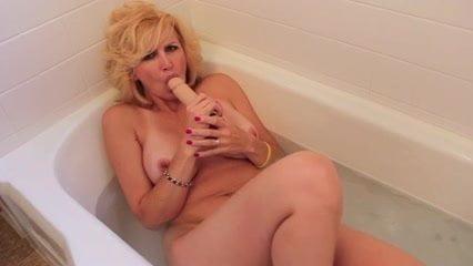 Busty blonde Brett Rossi's home video masturbation