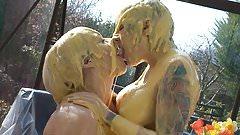 Custard Kissing Girls
