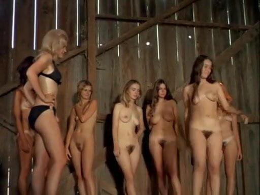 Принудительноеобножение женщин видео фото