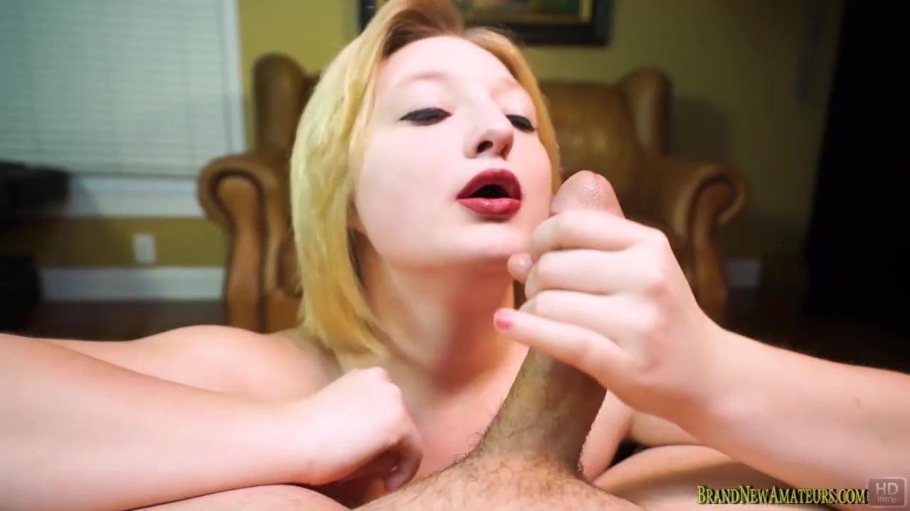 Hot Nude 18+ Mexican girls upskirt