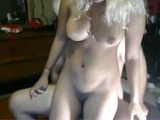 Webcam - 18 year old skank with heavenly body rides dick