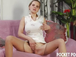 Mature blonde shows off her cock sucking skills
