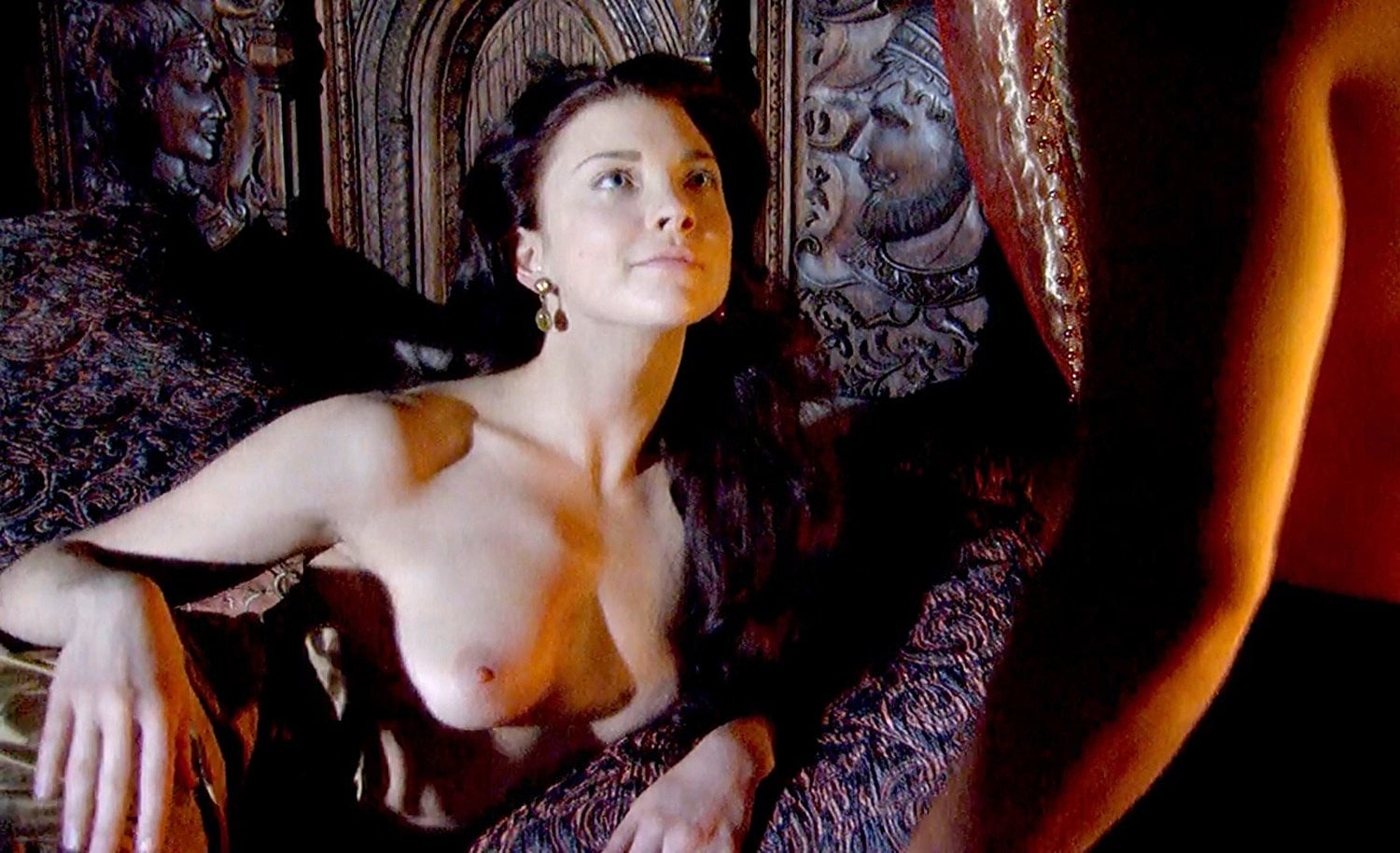 Natalie dormer nude boobs tudors series new foto