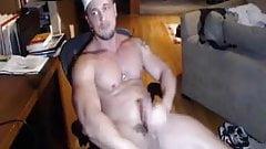 JoeyD Muscle Cum Show