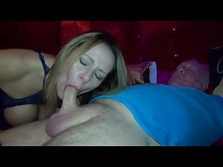 Download video bokep Carly Mp4 terbaru