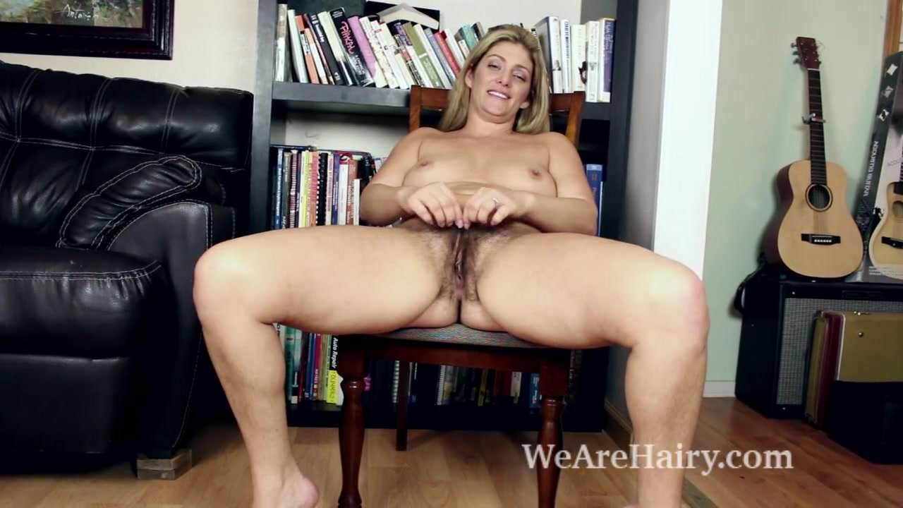Alicia silver masturbates after reading a hot book 1