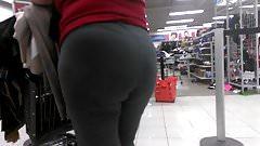 Gilf booty in grey sweats