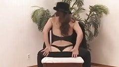 Sexy Andi Dancing