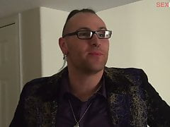 EP102 BTS052 - The Contestants Get Dressed For The AVN Red Carpet