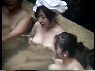 Nude Japanese Ladies At The Spa