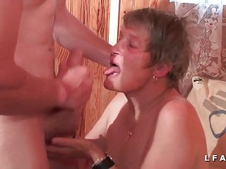 Download video bokep GrandMere sodomisee fistee et facialisee pour son casting Mp4 terbaru