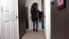 Big Hair Mistress Strapon