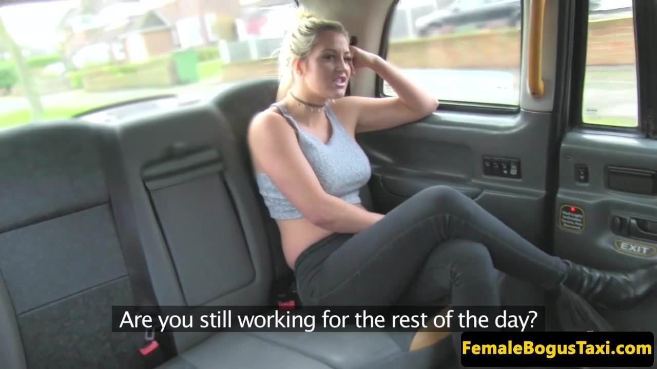 Milf cabbie pussylicked and fingered by ebony