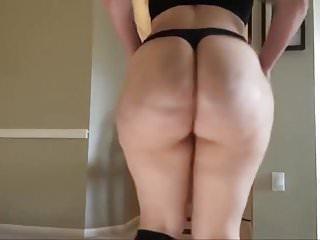Amateur Hot Big Butt Booty Twerk Homemade