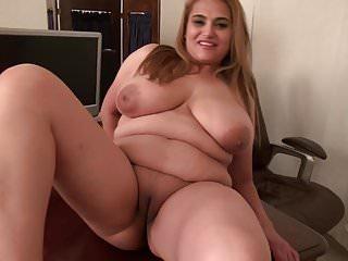 Busty natural mature mom Maya needs a good fuck