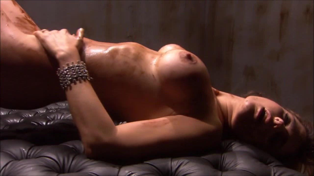 Submissive autocine playboy tits