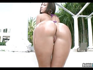 Jada Stevens is out of this World