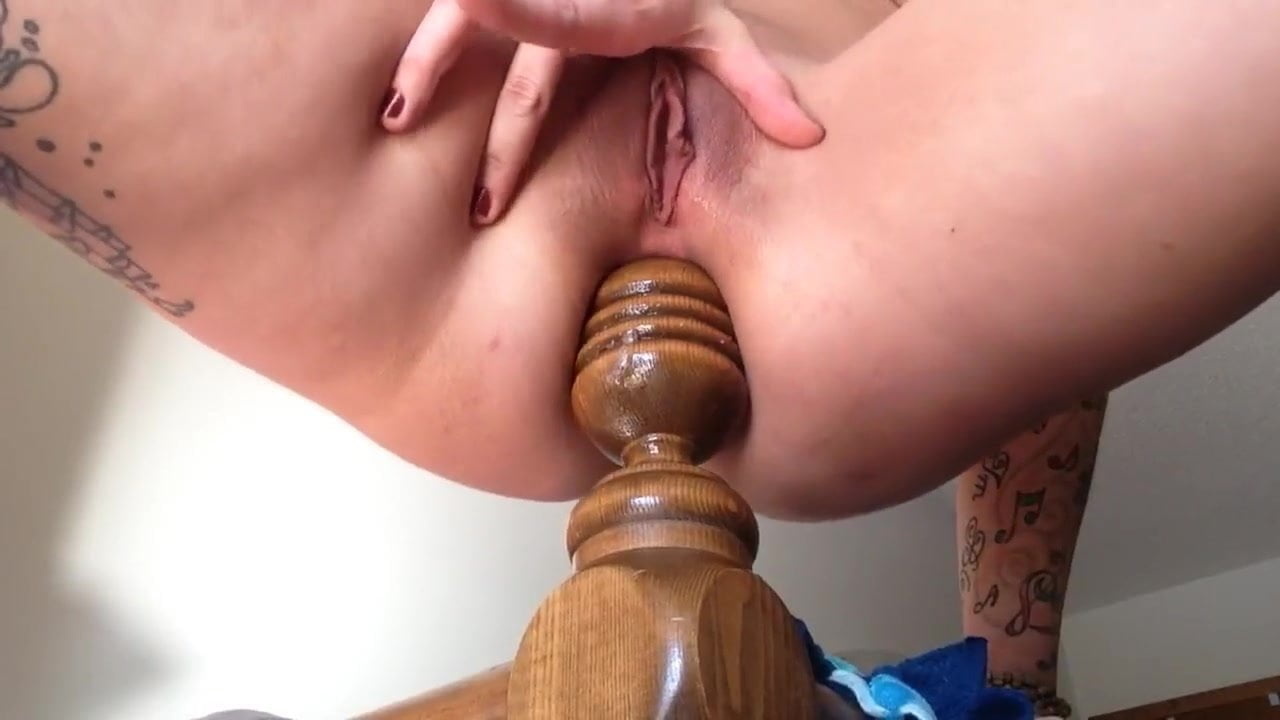 blonde anal toying