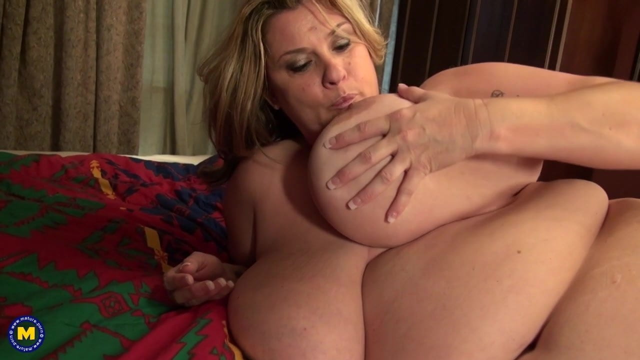 Mature Mother With Huge Juicy Natural Tits Free Hd Porn A2-2866
