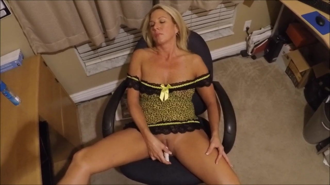 Watching Wife Get Pounded