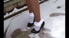Frilly Socks 085
