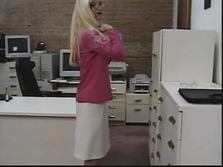 Free tight ass movies - Sexy blonde in glasses shows off her tight ass and toys her pink pussy