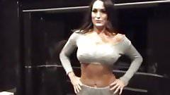Nikki Bella big booty shake