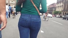 Tight ass in jeans, culo apretado