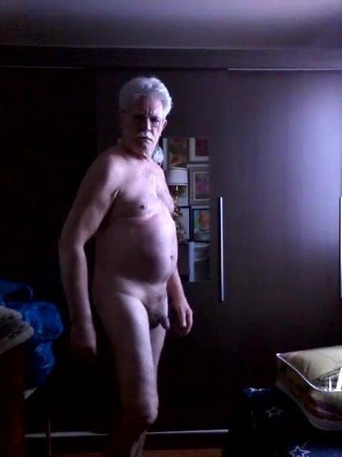 darmowe porno gejów Granpa filmy z przewodnikami seksu
