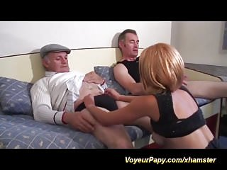 a good day for our voyeur papy