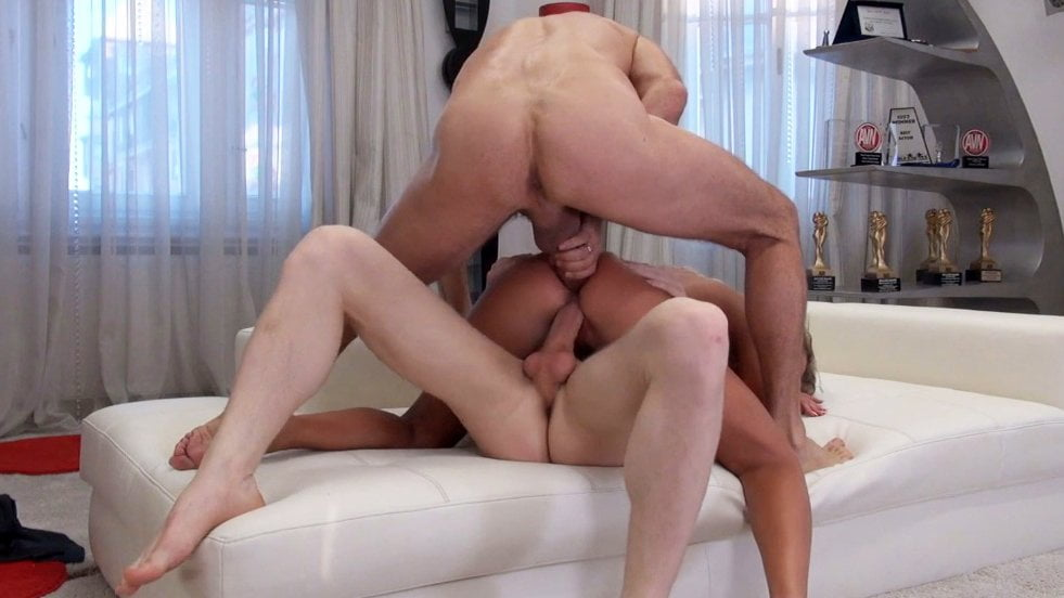 Victoria Pure intense anal double penetration