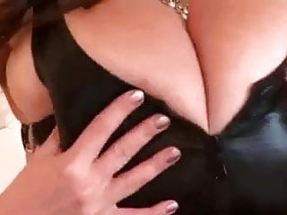 Busty Merilyn Sekova fucks a machine
