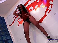 Asian Beauty Bhea gets ready for your cock