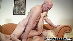 Old Housekeeper guy fucks the blonde and enjoy feet licking's Thumb