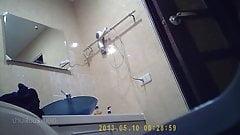 Hk shower01