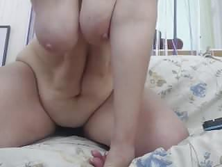 amateur milfs with flabby belly porn