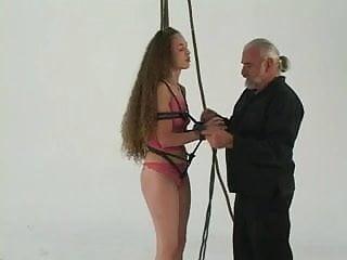 Download nude girls pics