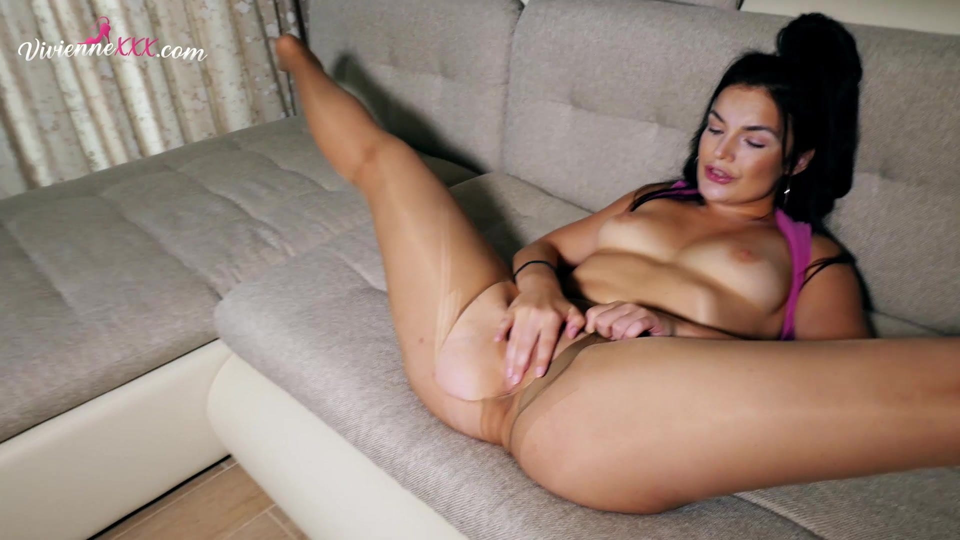 PAWG Masrubation Wet Pussy in Stokings