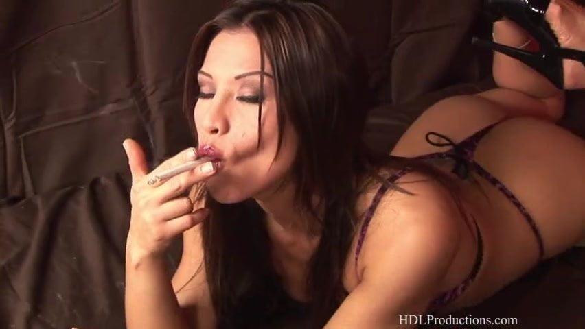 free-girl-ron-andrews-ultimate-smoking-fetish-site-wide