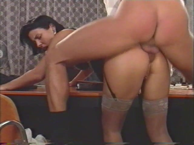 Free download & watch boss fucks his hot secretary          porn movies