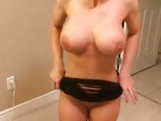 extremely hot muscle woman fucked from her ass