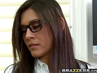 Brazzers - Big Butts Like It Big -Training Day scene starr