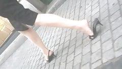 Sexy legs and broken heels