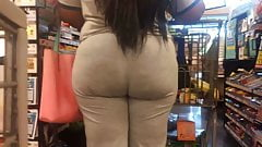 Hungry BBW Ass in Grey (Checkout Line)