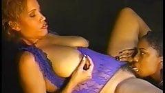 Ebony Star Cinnabunz in 24 7 7 Get 2 Steppin