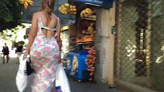 Bubble butt bouncing in skirt