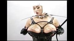 Pit`s very HOT oshooting Dominatrix