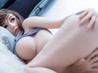 Asian sensuality young woman waiting for you fuck