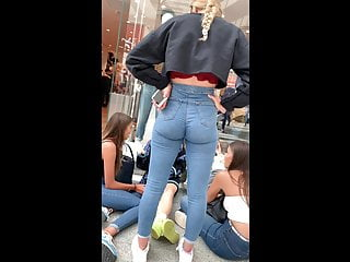 Insane British Teen Ass In Jeans