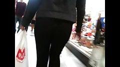 Oh Black Legging, See Thru Again?